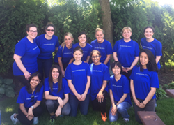 A photo of volunteers which include the 2016 Chicago Summer Associates