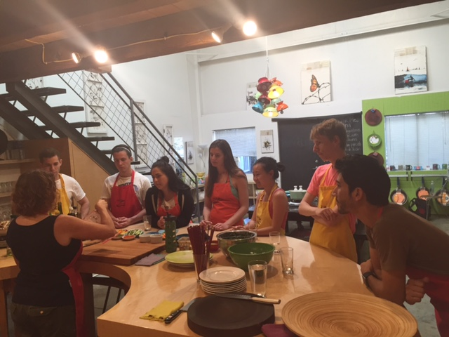 2015 LA summer associates learned how to make sushi after spending the afternoon at a rock climbing gym.